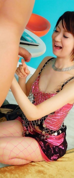 free gallery with pics of the sexy young japanese model hazuki miria